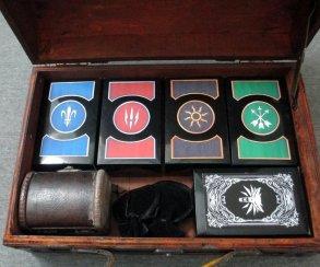 Девушка сделала своему парню набор для игры в гвинт из The Witcher 3