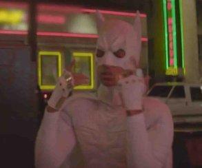 Можно орать: в новом клипе Джейден Смит играет белого Бэтмена