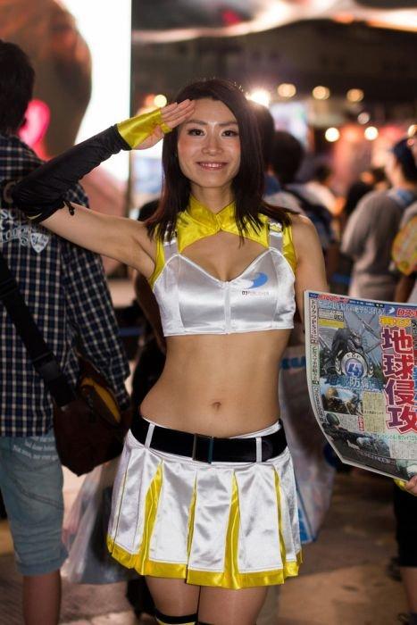 Девушки с Asia Game Show 2012 - Изображение 10