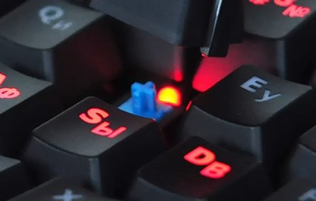 Обзор механической клавиатуры HyperX Alloy FPS - Изображение 6