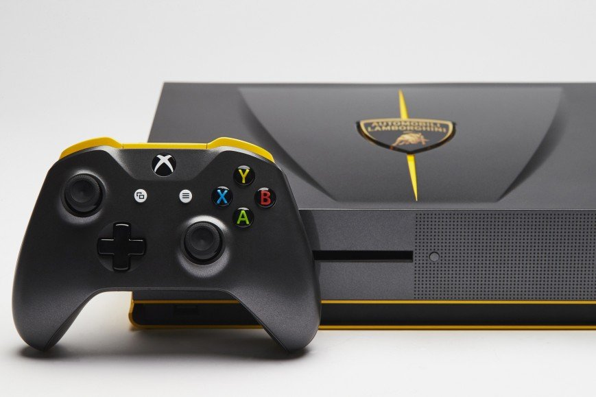 Microsoft показала еще два «автомобильных» Xbox One S - Изображение 1