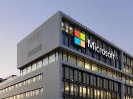 Microsoft все же не покинет Россию, но цены в магазине перевели в доллары