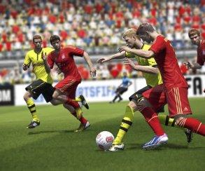 FIFA 14 свергла Titanfall с первого места в британском чарте