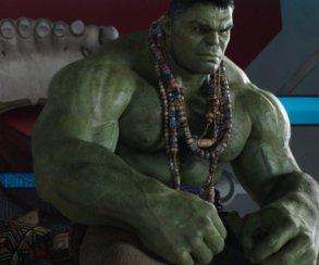 Спойлеры: что показали всценах после титров фильма «Тор: Рагнарек»?
