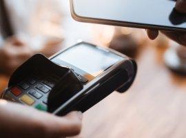 10 лучших бюджетных смартфонов с NFC