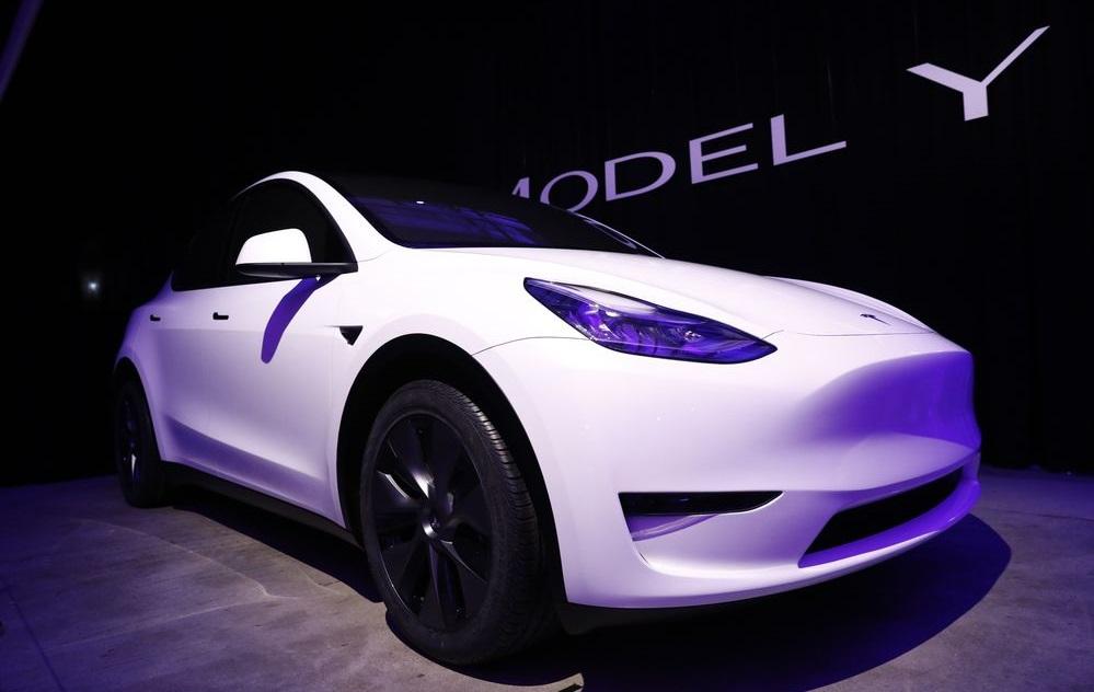 Что такое Tesla Model Yикакую пасхалку Илон Маск спрятал вееназвании? | SE7EN.ws - Изображение 3