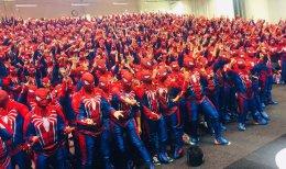 Ничего необычного, просто 547 Людей-пауков установили рекорд Гиннесса
