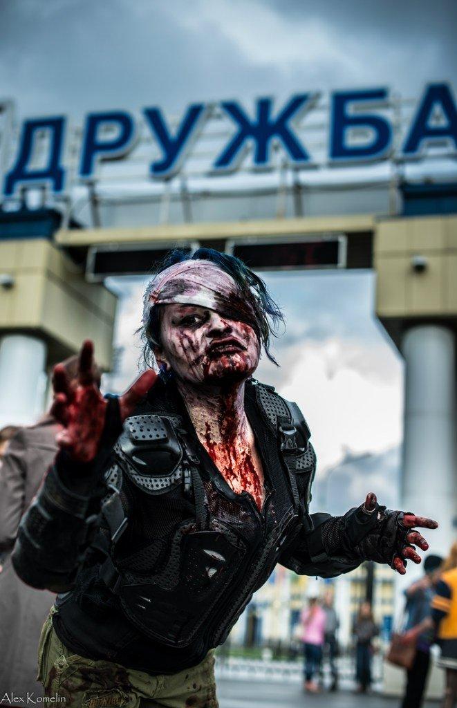 В Йошкар-Оле прошел первый зомби-парад | Канобу - Изображение 2